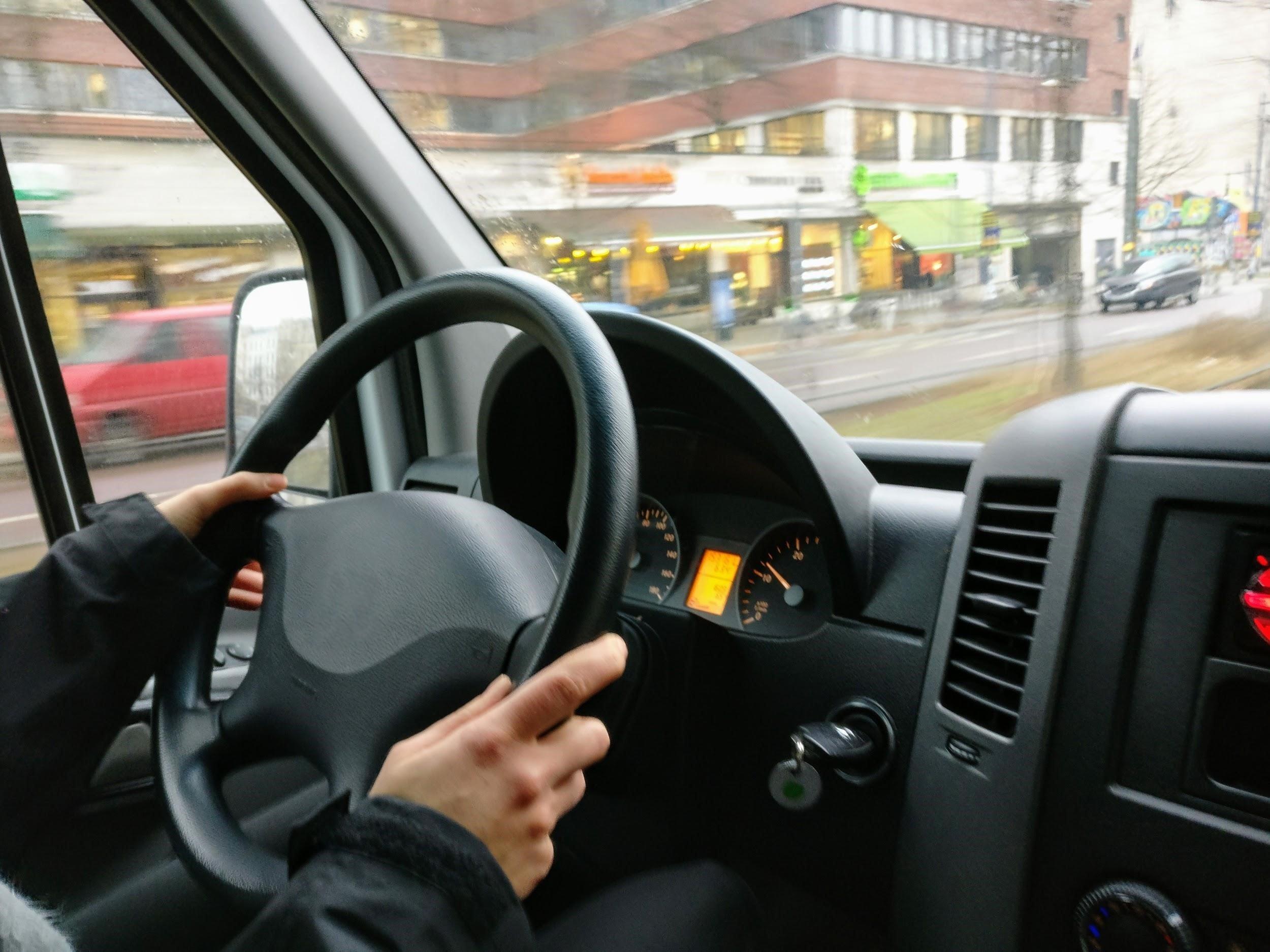 Los beneficios de Móvil Pass para el transporte corporativo